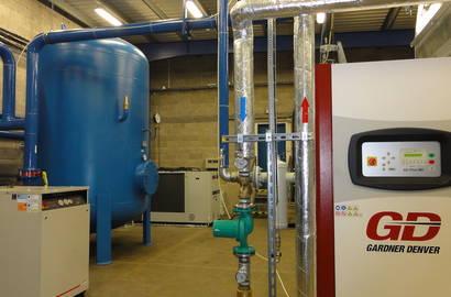 kompresorová stanice s využitím odpadního tepla