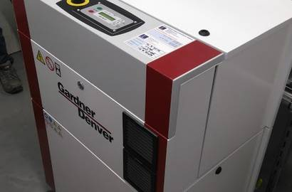 šroubový kompresor Gardner Denver s frekvenčním měničem, typ VS 15